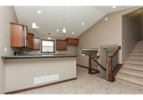 Linn,Iowa,United States,3 Bedrooms Bedrooms,2 BathroomsBathrooms,Single Family Home,1007